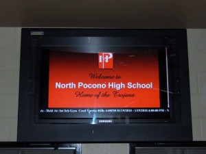 Digital Signage in Education - Information screen in high school