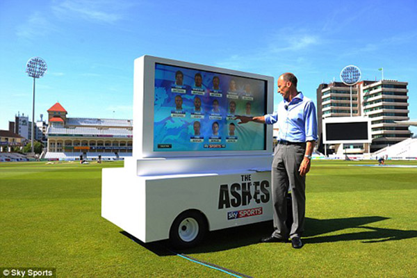 https://www.sportinglife.com/cricket/video/24815/8816024/nasser-prepared-for-ashes |  Full rights go to Sky for this image