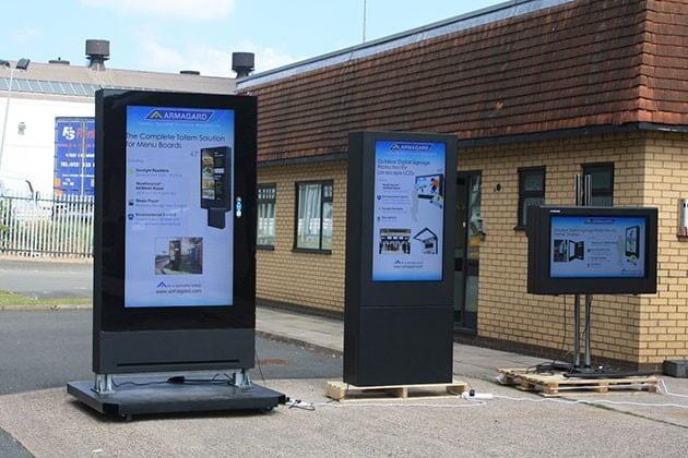 digital signage group shot